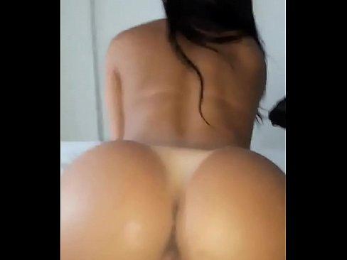 Porno com a devassa na foda intensa