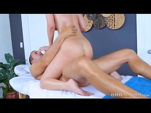 Saradas vip fodendo na massagem