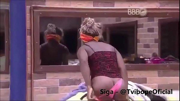 Vídeo caindo na net da Adélia