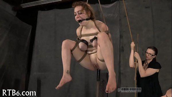Porno xvideos com novinha masoquista bem gostosa